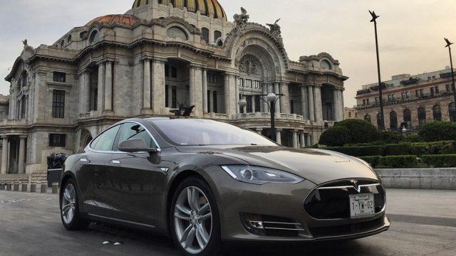 Los Autos Eléctricos de Tesla Motors llegan a México